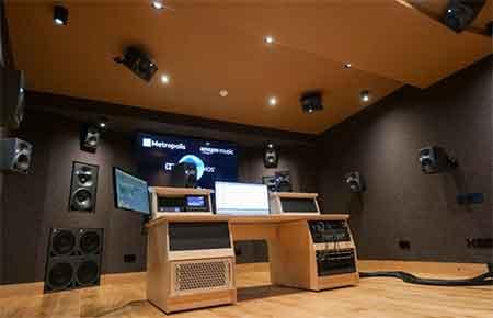Monitores Neumann para audio inmersivo en Metropolis Studios